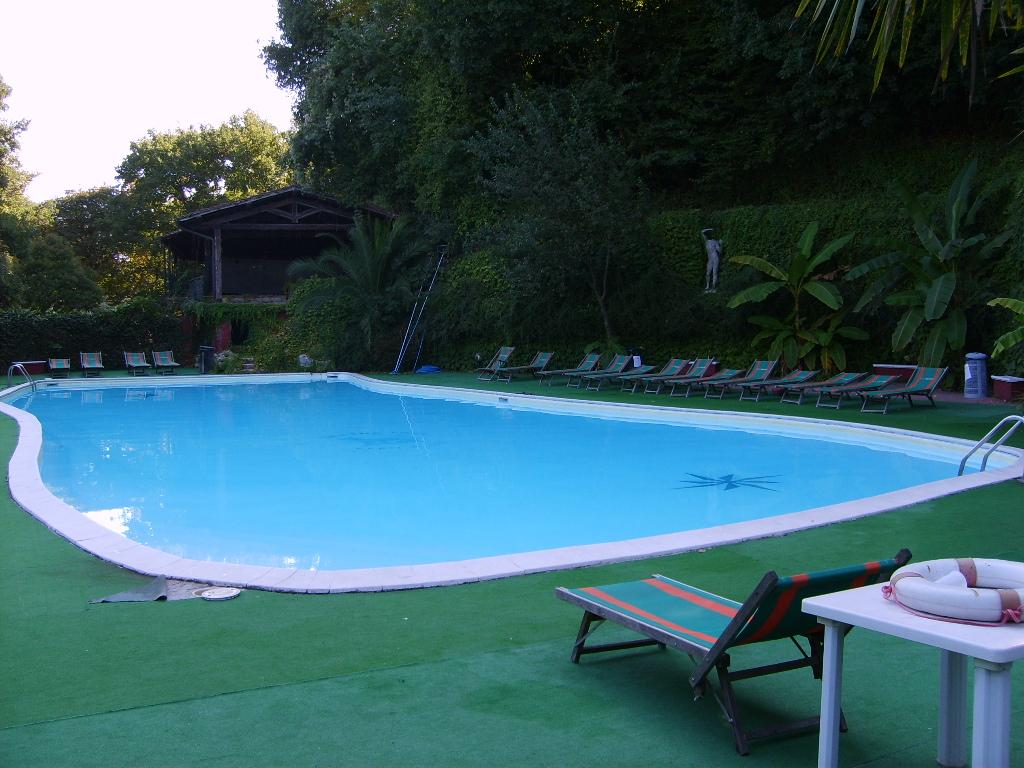 Seven hills village roma - Seven hills village roma piscina ...