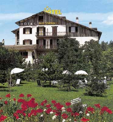 Hotel Benessere Villa Fiorita - Colfiorito