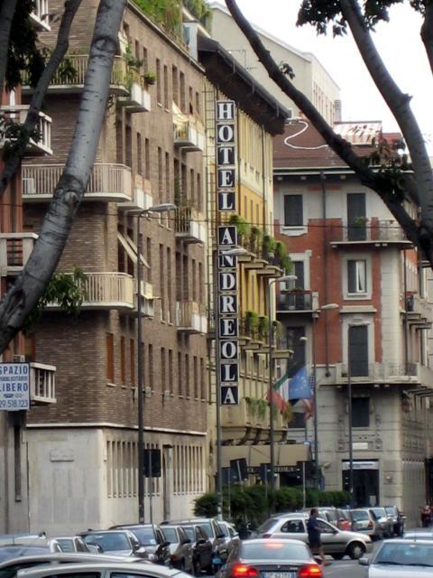 Andreola hotel srl milano for Hotel andreola milano