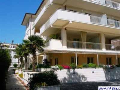 Hotel exclusive marina di carrara - Bagno morgana marina di carrara ...