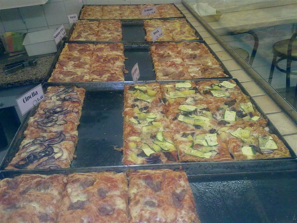 Pizza al taglio 39 il portico 39 san giorgio di piano for Il portico pizzeria bologna