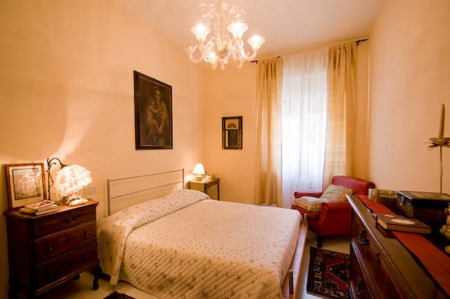 gli arlecchini bed and breakfast pisa. Black Bedroom Furniture Sets. Home Design Ideas