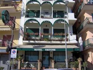 Tritone giardini naxos - Hotel la riva giardini naxos ...