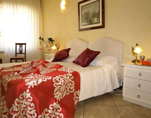 Emejing Soggiorno Laura Firenze Images - Home Interior Ideas ...