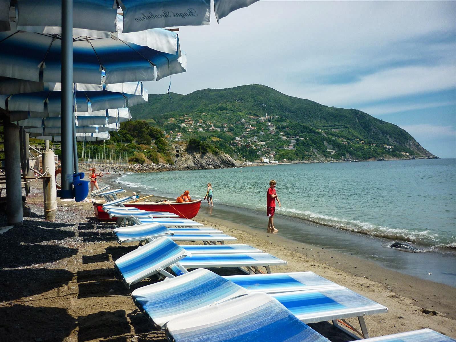 http://www.justdog.it/show/public/poi/0274/274689/547089.jpg/Ristorante/ristorante-bagni-arcobaleno-moneglia-4.aspx
